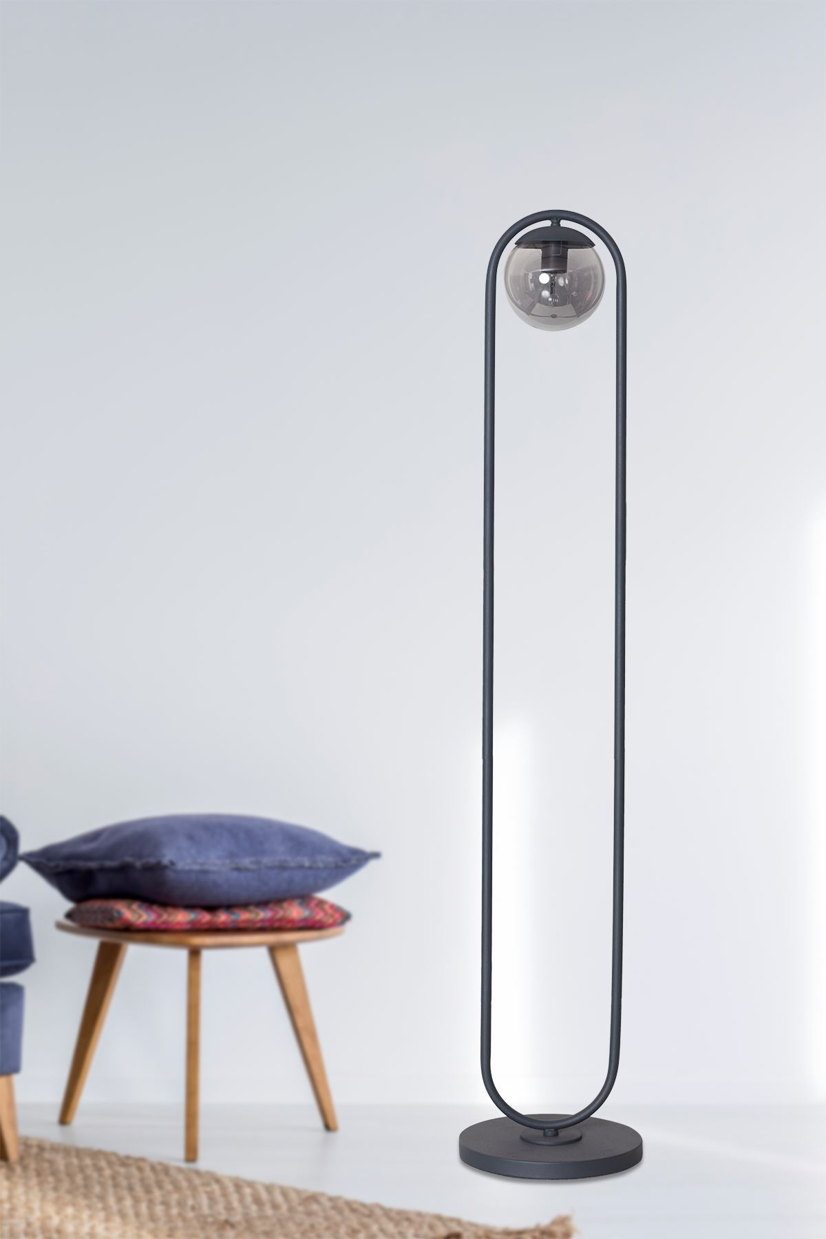 Zenga Antrasit Metal Gövde Füme Camlı Tasarım Lüx Yerden Aydınlatma Lambader