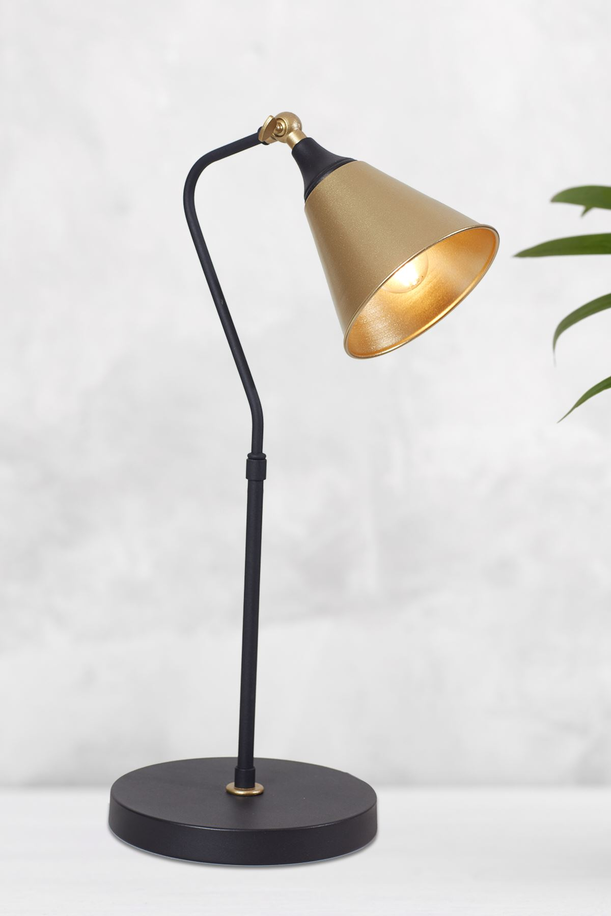 Kapo Sarı -Siyah Metal Gövde Tasarım Lüx Masa Lambası