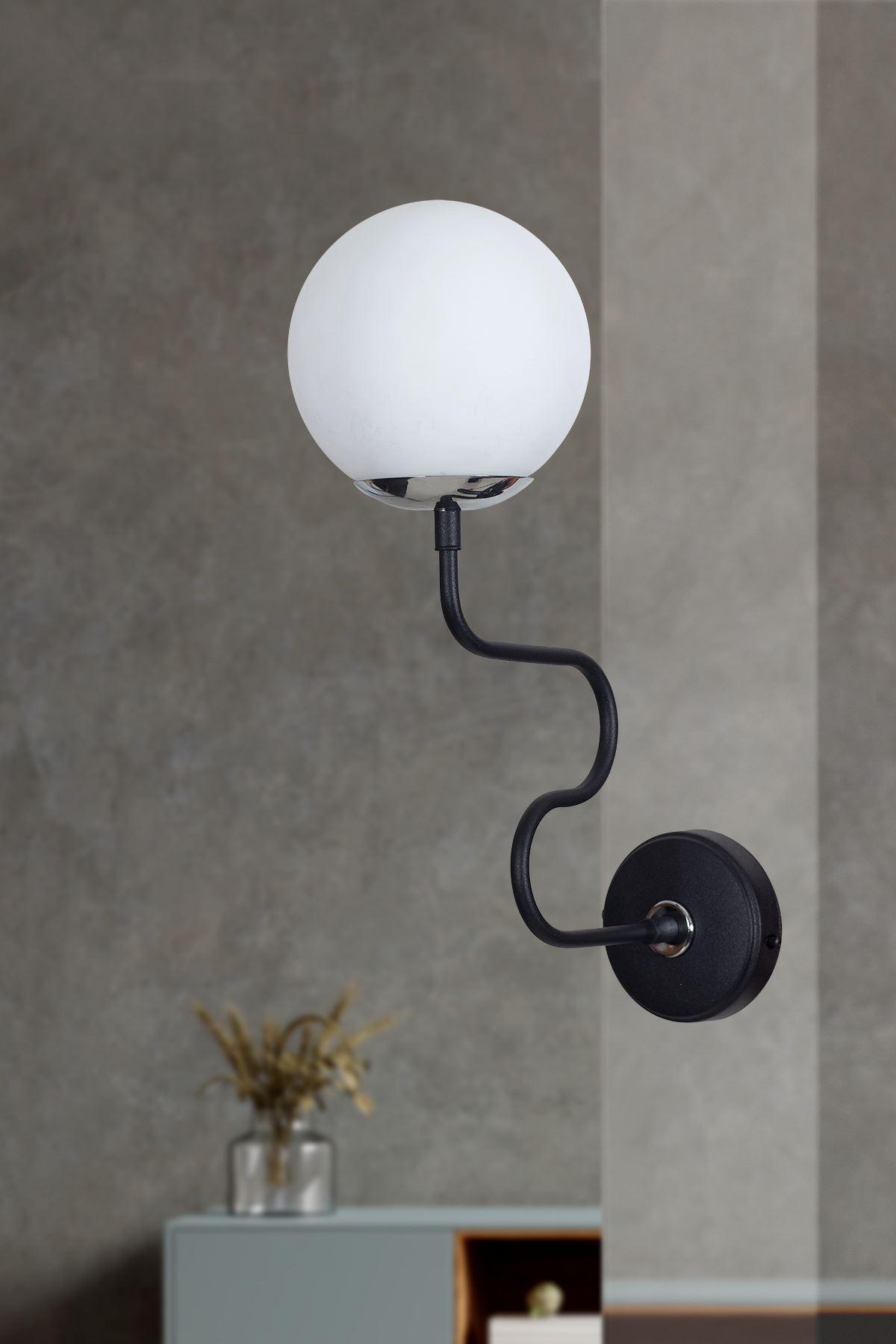Ferro Yatay Krom-Siyah Metal Gövde Beyaz Camlı Tasarım Lüx Aplik