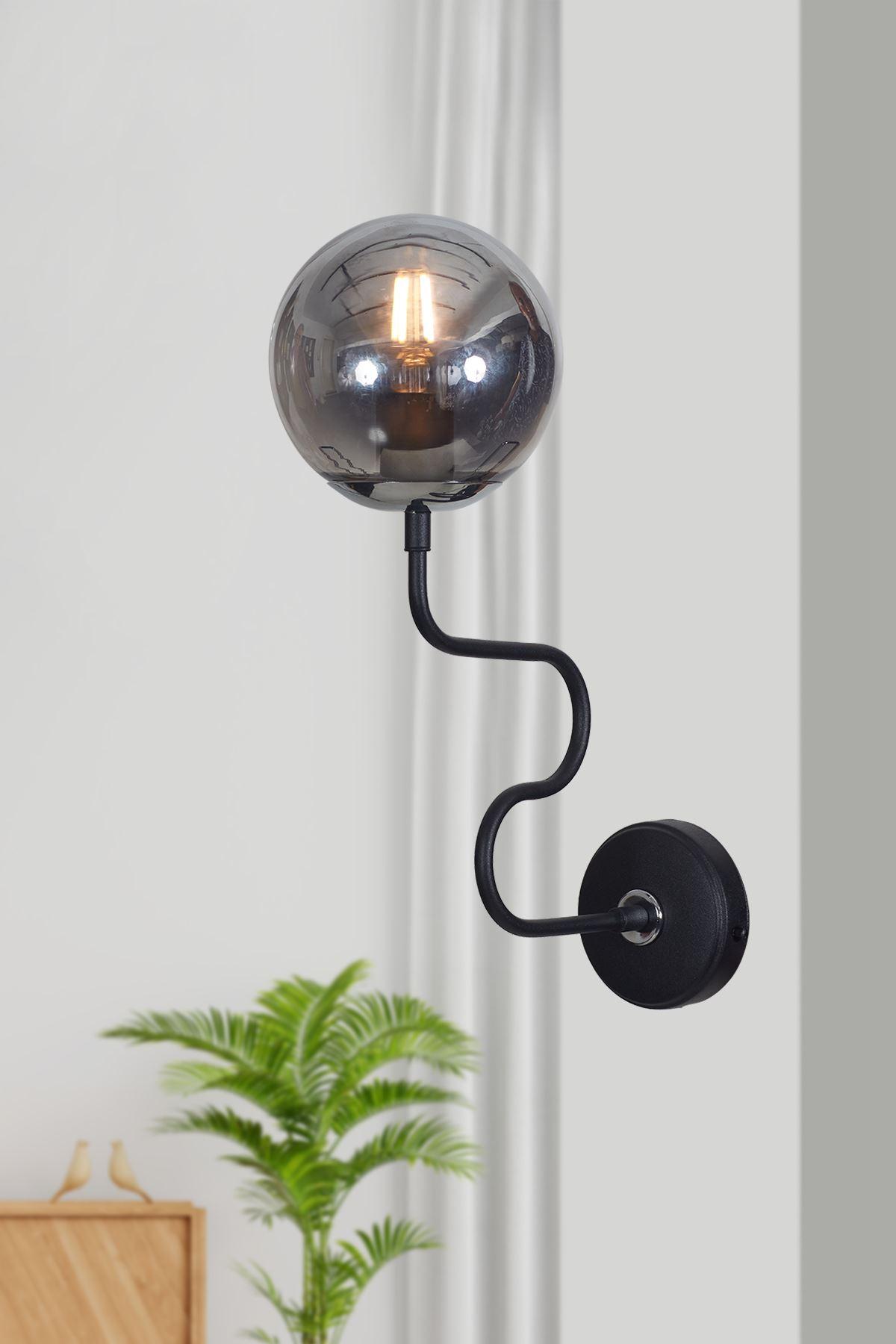 Ferro Yatay Krom-Siyah Metal Gövde Füme Camlı Tasarım Lüx Aplik